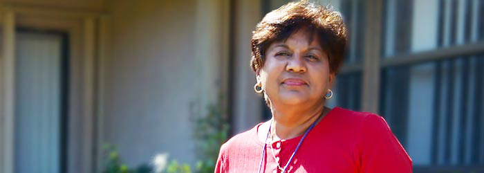 Hospice aide Angela Surratt outside a client's home