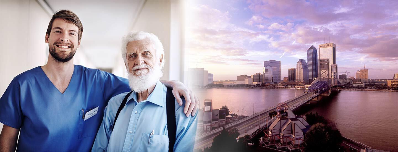 Un enfermero y su paciente a la izquierda y las vistas de la ciudad de Jacksonville a la derecha