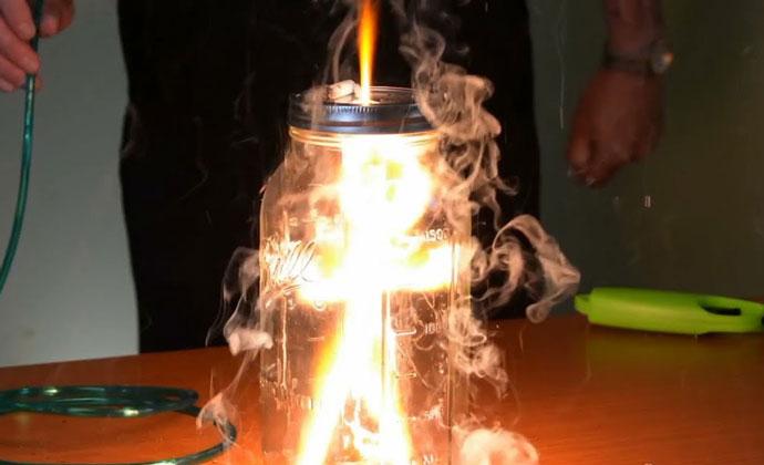 Pagpapakita ng oxygen fire