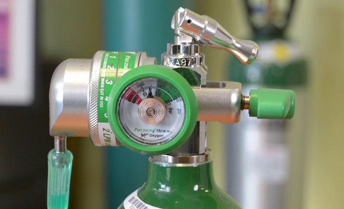 Valve ng oxygen tank