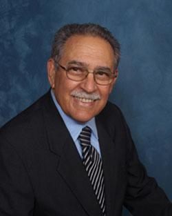 Dr. Kanner, médico de hospicio de VITAS