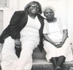 賈克琳與她的母親